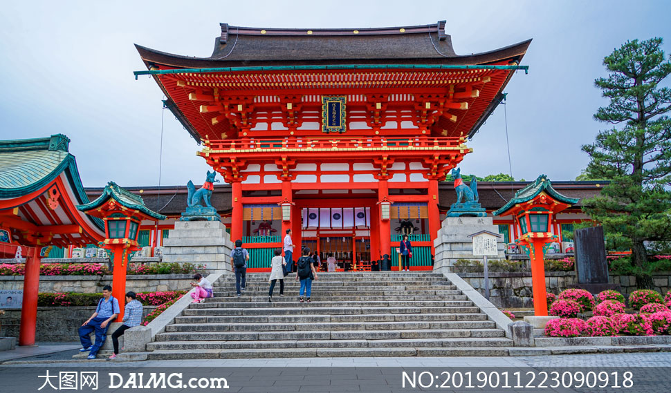 日本京都伏见稻何大社摄影高清图片