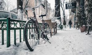 一场雪过后的城市一角摄影高清图片