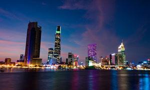 胡志明市炫麗繁華夜景攝影高清圖片