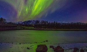 夜空中的极光自然风景摄影高清图片