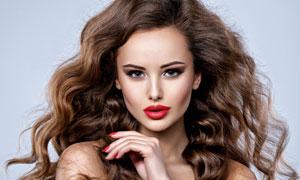 红唇卷发模特人物写真摄影高清图片