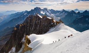 高山雪峰美丽景观摄影图片