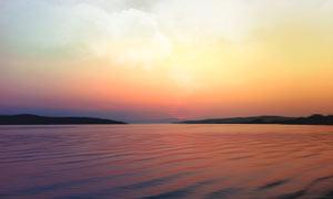 夕陽下的海上美麗風光攝影圖片