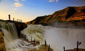 清晨美丽的壶口瀑布摄影图片