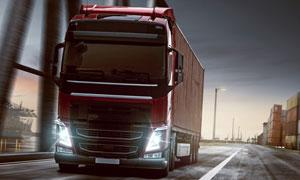 港口货柜集装箱与卡车摄影高清图片