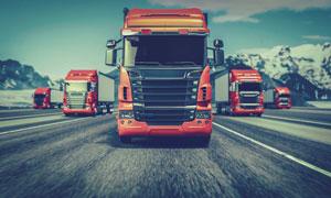 公路上繁忙运输的卡车摄影高清图片