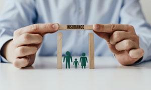 为家庭提供保险服务的创意高清图片