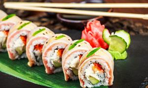 摆放好的精美寿司特写摄影高清图片