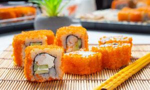 制作好的寿司美食特写摄影高清图片