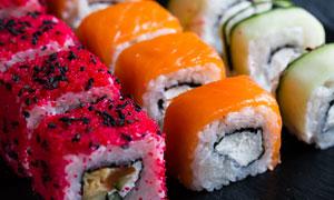 三种口味诱人日料寿司摄影高清图片