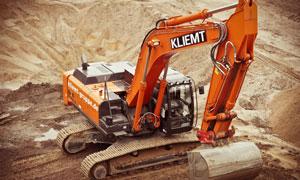 工程现场作业的挖掘机摄影高清图片