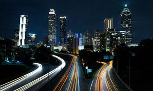 夜晚城市高楼大厦景观摄影高清图片