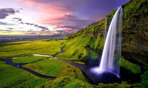瀑布美景与绚丽的云彩摄影高清图片
