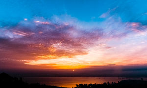 日落时分蓝天云彩风光摄影高清图片