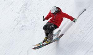 在滑雪的运动人物特写摄影高清图片