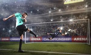 球场主罚点球的运动员摄影高清图片