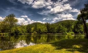 蓝天白云湖光山色自然美景高清图片