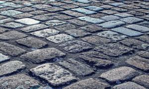 用大块石头铺就的地面摄影高清图片