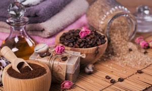 咖啡豆洁面皂与精油等摄影高清图片