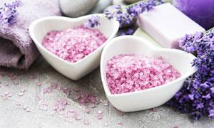 薰衣草与粉色的浴盐等摄影五百万彩票图片