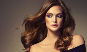 斜肩造型长发妆容美女摄影高清图片