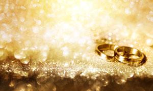 结婚戒指金光闪闪效果摄影高清图片
