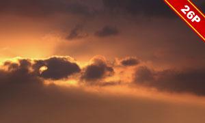天空中密布的乌云溶图合成适用图片