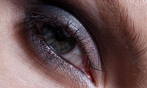 人物眼睛浓妆效果特写摄影原片素材
