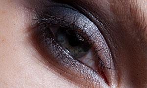细腻到毛孔的人物眼部特写原片素材