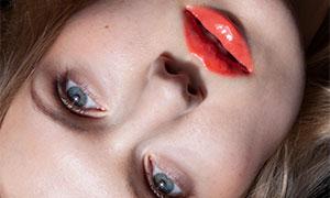 红色唇妆美女人物写真摄影原片素材