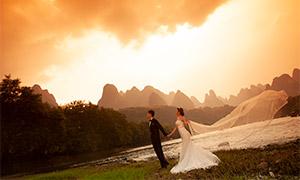 群山晚霞背景婚纱人物摄影原片素材
