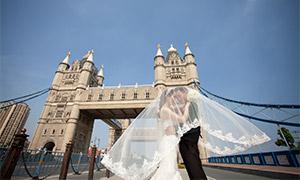 蓝天塔桥外景婚纱人物摄影原片素材