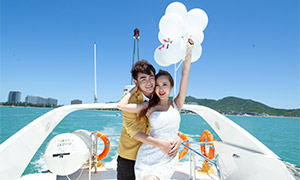 海上游艇情侣外景写真摄影原片素材
