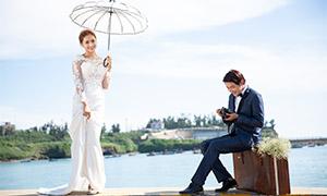 湖边美女帅哥婚纱摄影主题原片素材