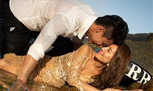 海边礁石外景人物婚纱高清原片素材