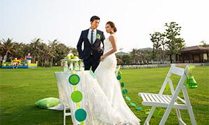 草地上的布置外景婚纱摄?#26696;?#28165;原片