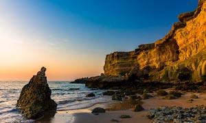 黄昏下的海边美景高清摄影图片