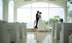 教堂內景戀人婚紗攝影主題高清原片