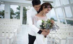 教堂椅子布置婚紗攝影高清原片素材
