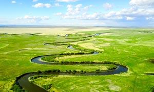 呼伦贝尔河道航拍图摄影图片