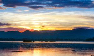 云南大理洱海晚霞摄影图片