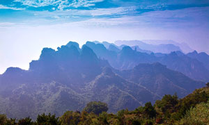 山西王莽嶺群山美景攝影圖片