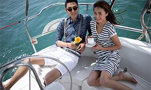 游艇上的情侣男女人物写真摄影原片