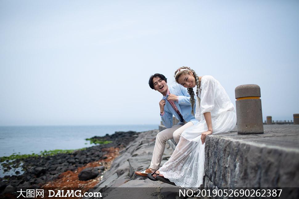 海岸上的美女帅哥婚纱摄影高清原片