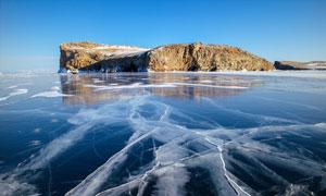 贝加尔湖冬季结冰景观摄影图片