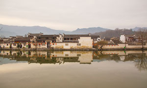 安徽宏村江南水乡古镇摄影图片
