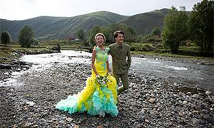 山野外景实拍婚纱摄影高清原片素材