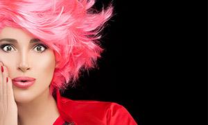 滿頭紅發妝容美女特寫攝影高清圖片