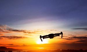 黄昏天边霞光与无人机摄影高清图片