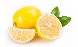 切开与表面光滑的柠檬摄影高清图片